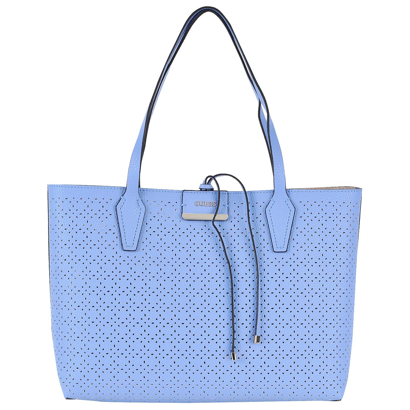 Вместительная сумка с декоративной перфорацией
